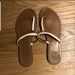 Tory Burch White Sandals (size 8.5)